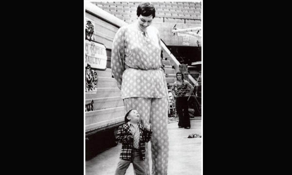 Top 10 Tallest Women Of All Time