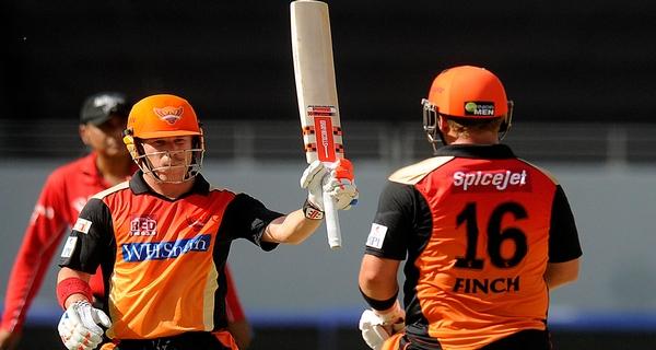 best hard hitter batsmen in IPL 2016 Warner