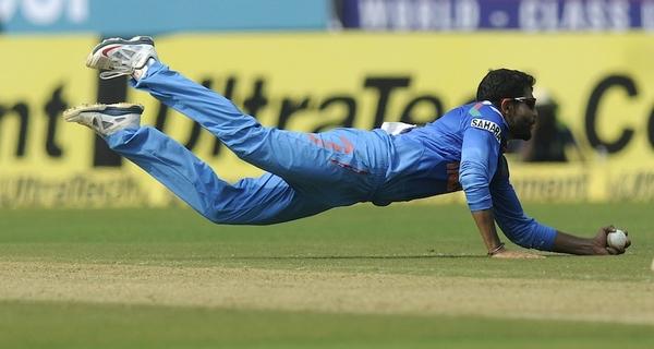 Best Cricket fielders in the World Ravindra Jadeja