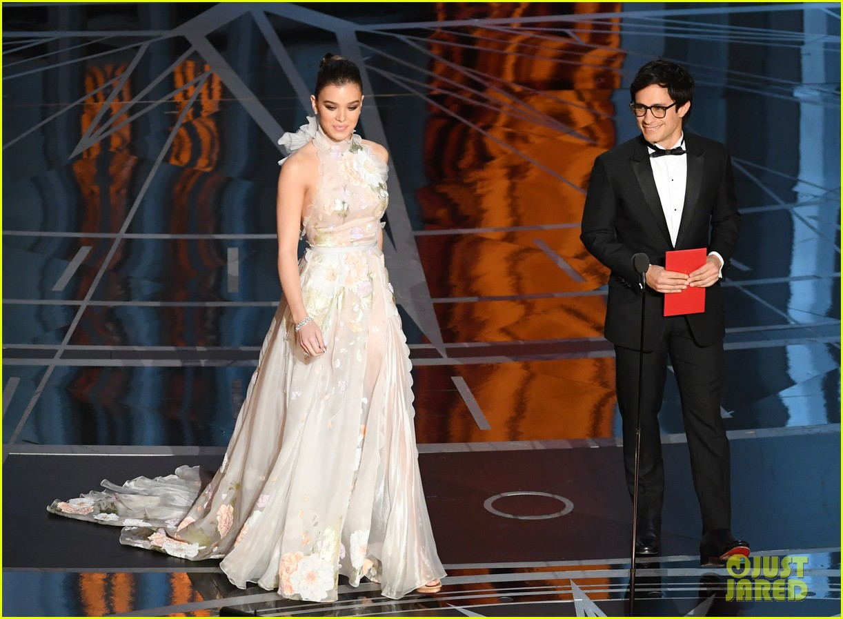 Gael García 'S Comment On Trump's Wall is among Greatest 10 Oscar 2017 Moments