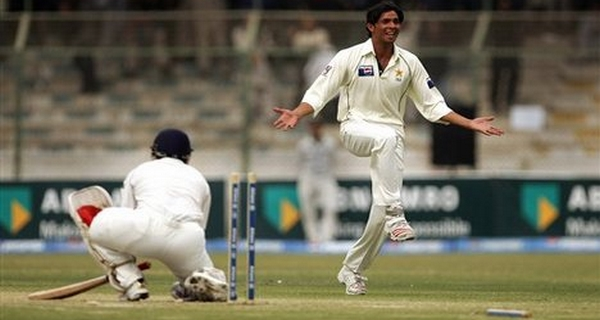 Greatest fast bowlers Asif