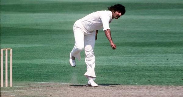 greatest fast bowlers-sarfraz-nawaz