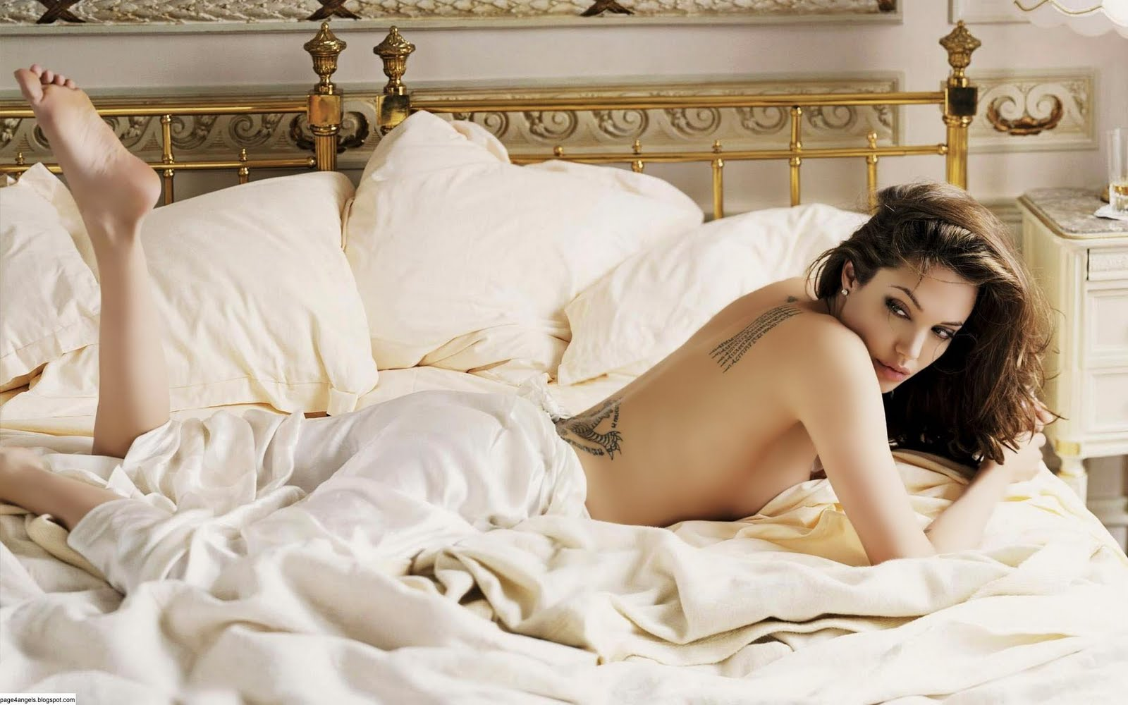Top 10 Hottest Hollywood Celebrities list