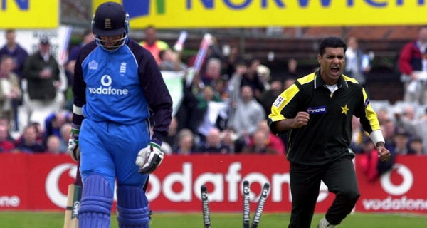 Most feared fast bowlers Waqar Younis