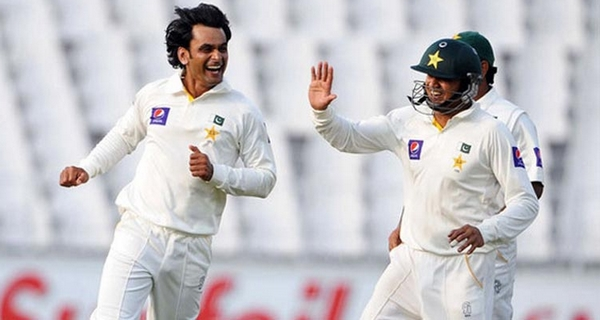 bowlers with illegal bowling action Muhammad Hafeez