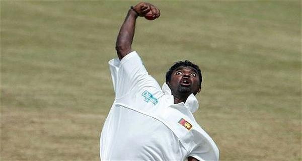 weirdest bowling action in Cricket Murli